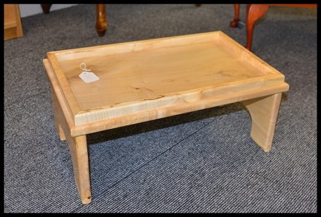Timber table serving tray